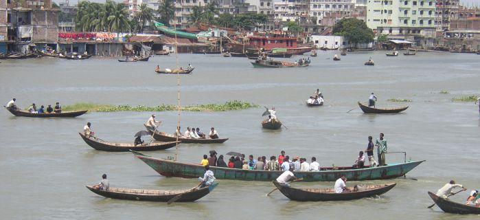 Ramadan und islamische Selbstmordattenate in Bangladesch